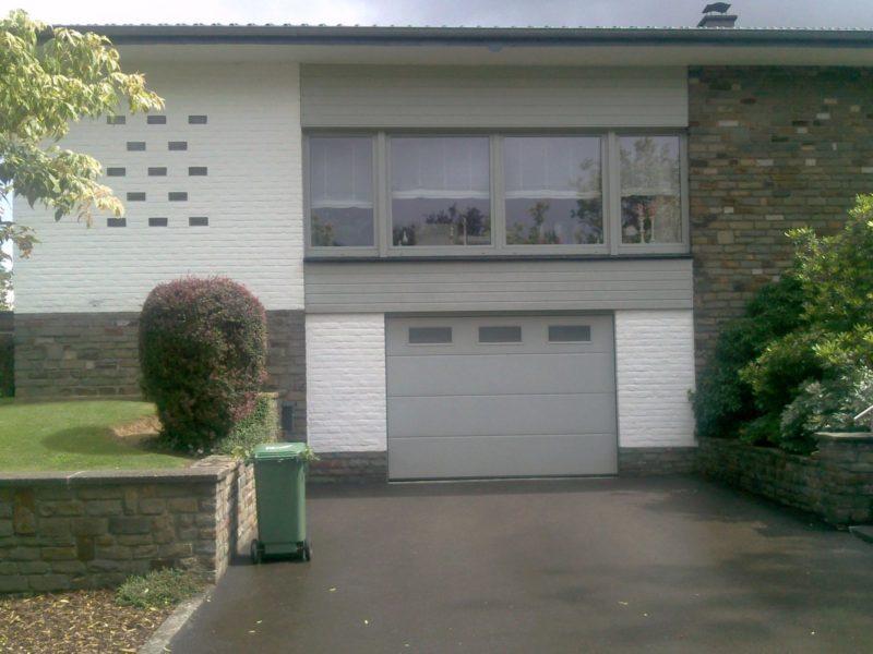 Porte de garage sectionnelle réalisée à Eupen