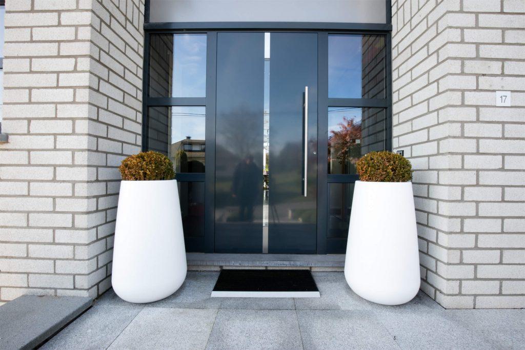 Portes d 39 entr e en pvc et alu mersch design l gant - Charniere de porte d entree ...