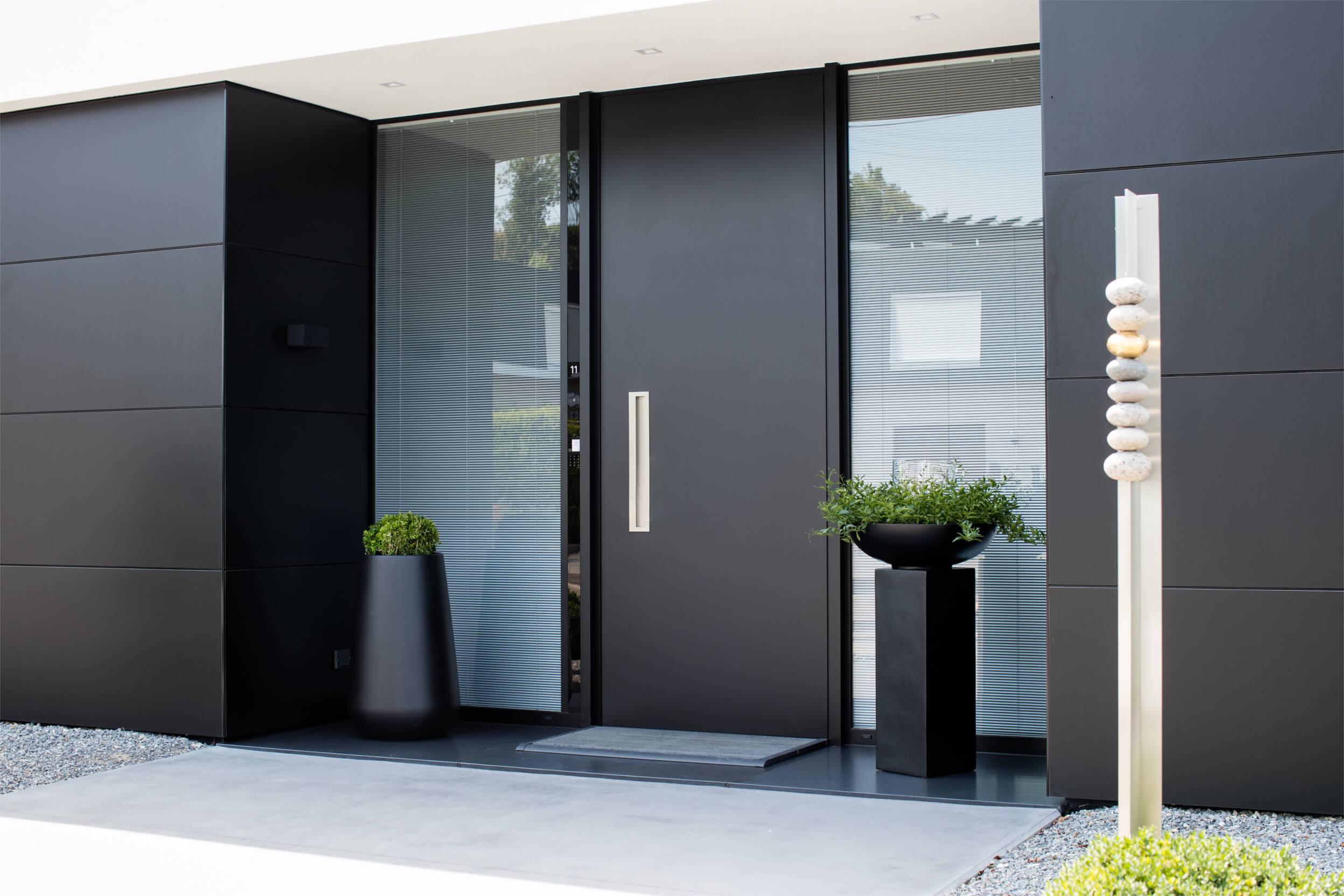 Porte d'entrée avec système de controle d'accès